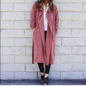 AMERICAN APPAREL Dylan trench coat in Cabernet.